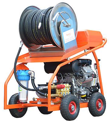 Аппараты и машины высокого давления для гидродинамической прочистки труб и канализаций